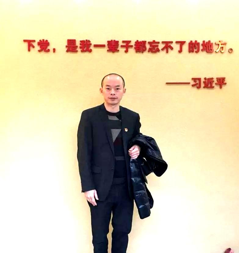 寿山石雕刻师郑贤敏:嗜石如命的他,将传承铭记在心上