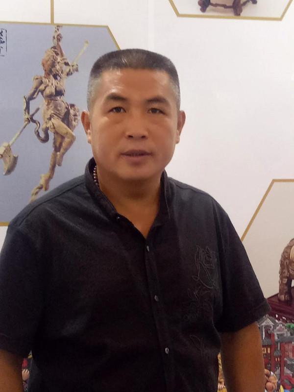 山东民间艺术家张立金:他把民俗爱进了骨子里