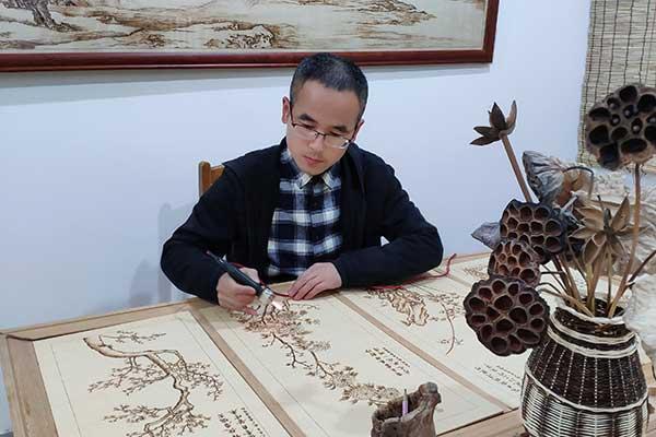 青年烙画艺术家李涛,烫烙的艺术