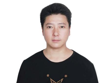杨腾(玉雕)