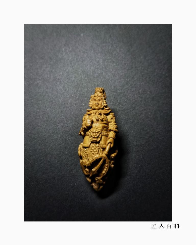 马群飞(核雕)的作品-15.jpg