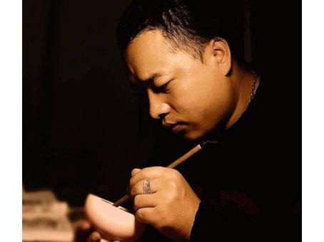 张小龙(陶瓷)